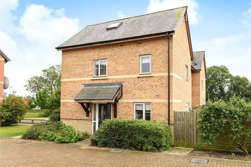 3 Bedrooms End Of Terrace House for sale in Furlong Way, Holdingham, NG34
