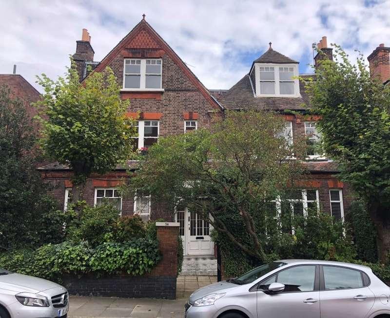 2 Bedrooms Flat for sale in Daleham Gardens, Hampstead, London, NW3 5DA
