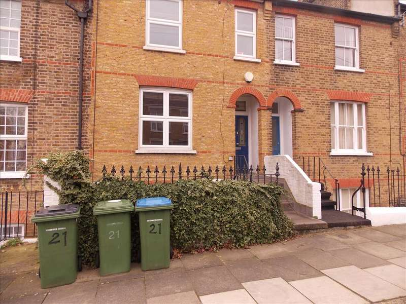 4 Bedrooms Terraced House for sale in Whitworth Road, Woolwich