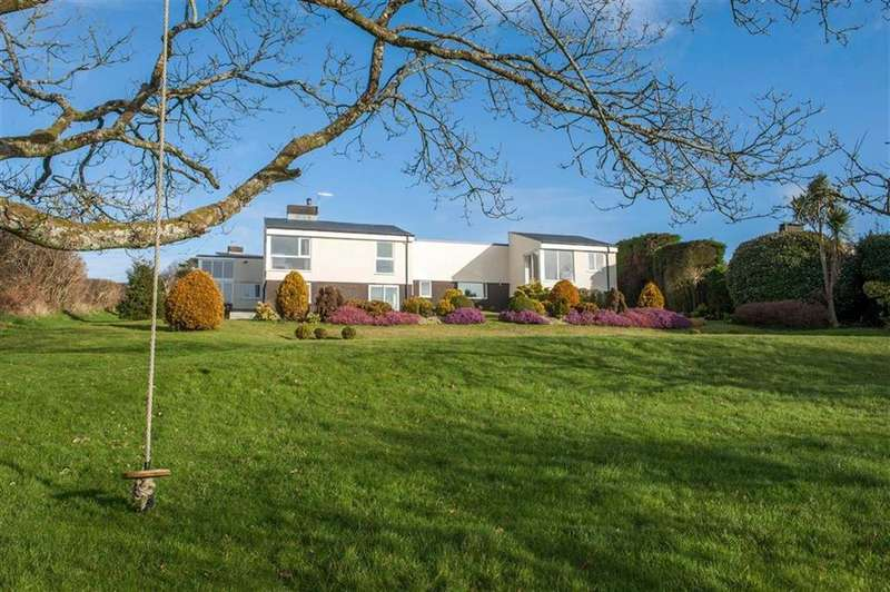 5 Bedrooms Detached House for sale in Misty Hills Close, Three Crosses, Swansea