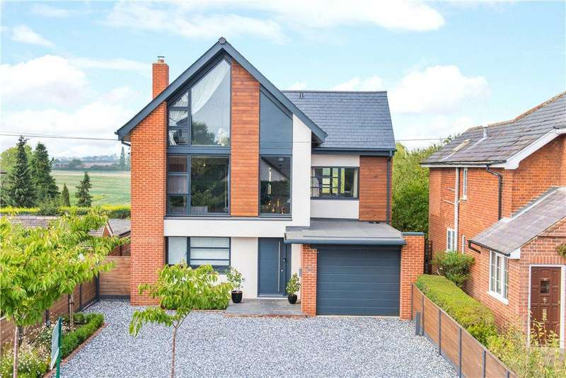 6 Bedrooms Detached House for sale in High Street, Henlow, Bedfordshire