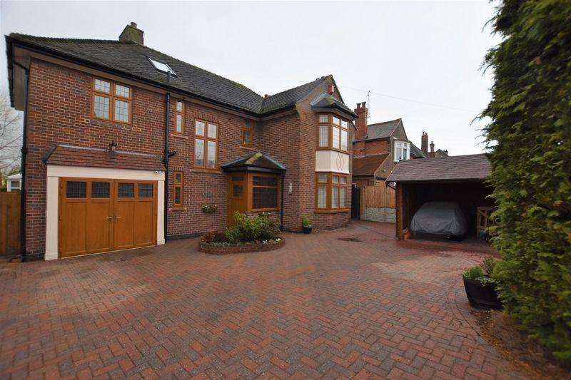 4 Bedrooms Detached House for sale in Tower Road, Burton on Trent