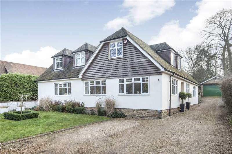 6 Bedrooms Detached House for sale in Addiscombe Road, Crowthorne