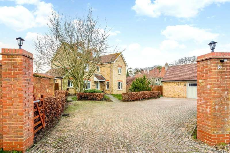 4 Bedrooms Property for sale in Middle Farm Close, Chieveley, Newbury, Berkshire