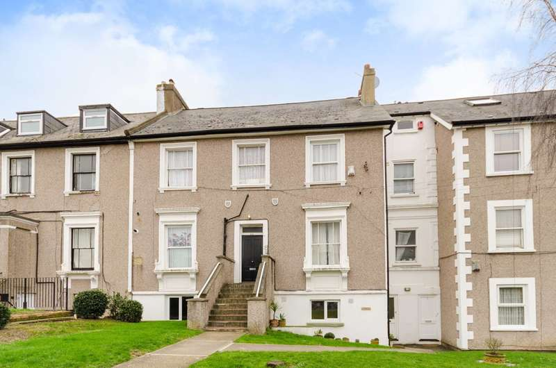 2 Bedrooms Maisonette Flat for sale in Holmesdale Road, South Norwood, SE25