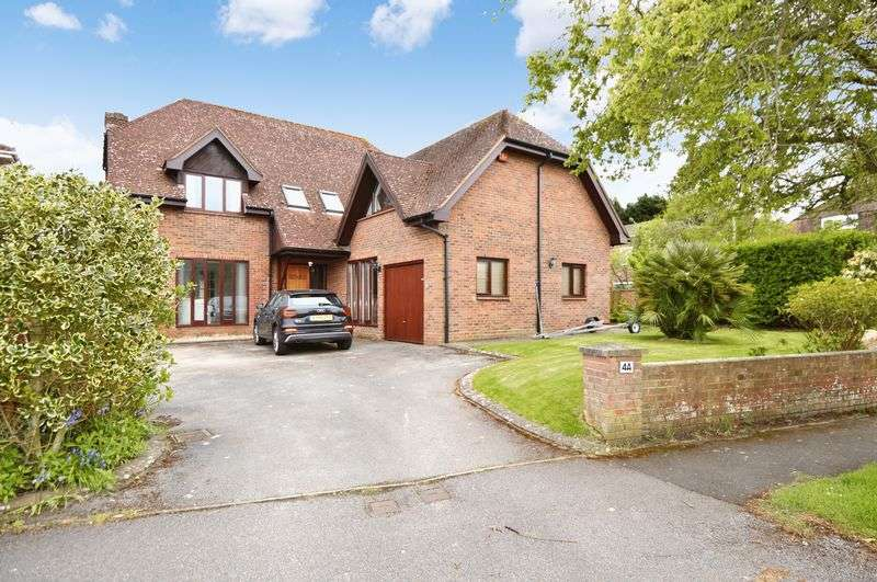 5 Bedrooms Property for sale in Knights Bank Road Hill Head, Fareham