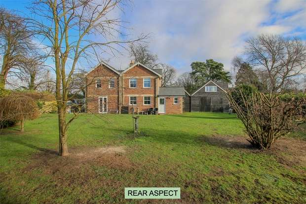 4 Bedrooms Detached House for sale in Waterfield Cottage, Tilney All Saints