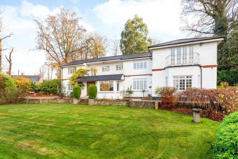 6 Bedrooms Detached House for sale in Longcross Road, Chertsey, Surrey, KT16
