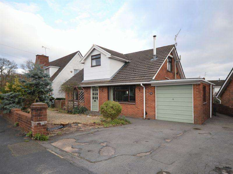 4 Bedrooms Detached House for sale in Fairfield, Pontypool