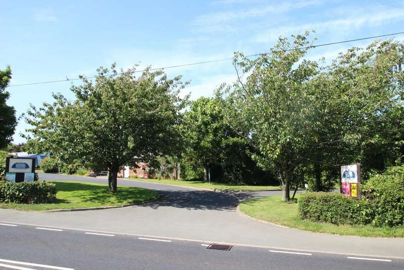 3 Bedrooms Detached House for sale in Sandown, Isle Of Wight