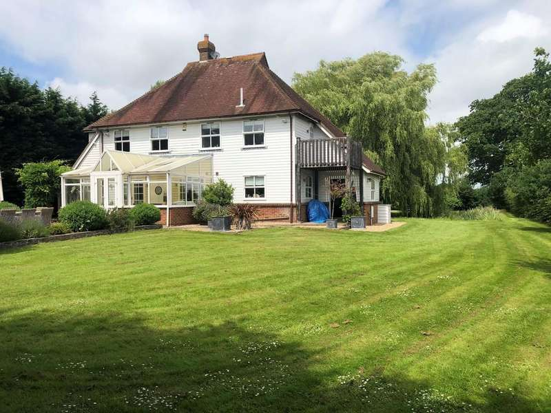 4 Bedrooms Detached House for sale in Mill Lane, Northiam, E Sussex