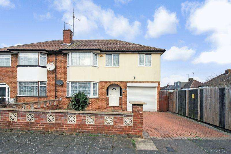 5 Bedrooms Semi Detached House for sale in Raleigh Grove, Luton