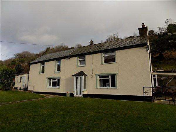 3 Bedrooms Detached House for sale in Reservoir Road, Beaufort, Ebbw Vale, NP23 5DF