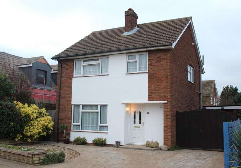 3 Bedrooms Detached House for sale in Lavender Way, Hitchin, SG5