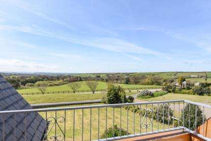 5 Bedrooms Detached House for sale in Camelford, Cornwall