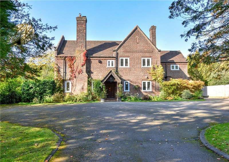 5 Bedrooms Detached House for sale in Luttrell Road, Four Oaks, Sutton Coldfield, B74