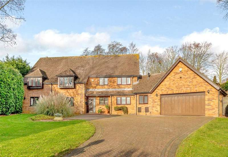 5 Bedrooms Detached House for sale in Taborley Close, Weston Favell, Northampton, NN3