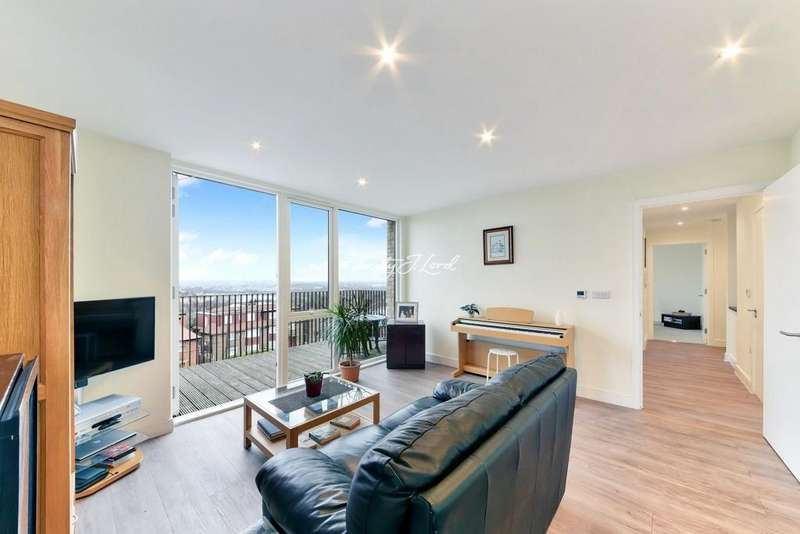 2 Bedrooms Flat for sale in Cedarwood Court, Clapton Common, E5