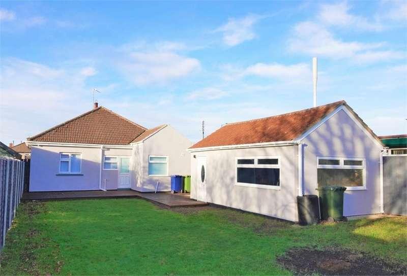 3 Bedrooms Detached Bungalow for sale in Church Lane, Eston, Middlesbrough