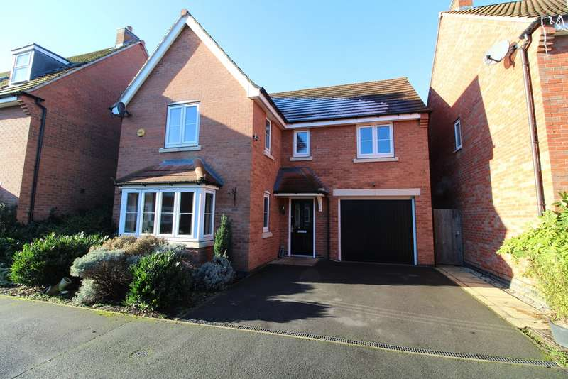 4 Bedrooms Detached House for sale in Langley Close, Bestwood Village NG6