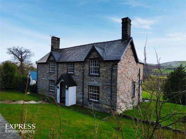 5 Bedrooms Detached House for sale in Cynwyd, Cynwyd, Corwen, Denbighshire