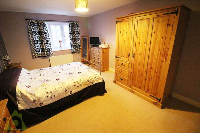 5 Bedrooms Detached House for sale in Cherwell Road, Westhoughton, BL5 3TX