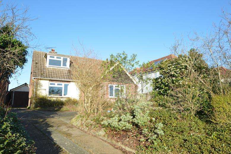 4 Bedrooms Detached House for sale in Halstead Road, Halstead CO9