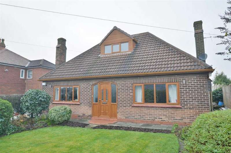 3 Bedrooms Detached Bungalow for sale in North Road, Atherton