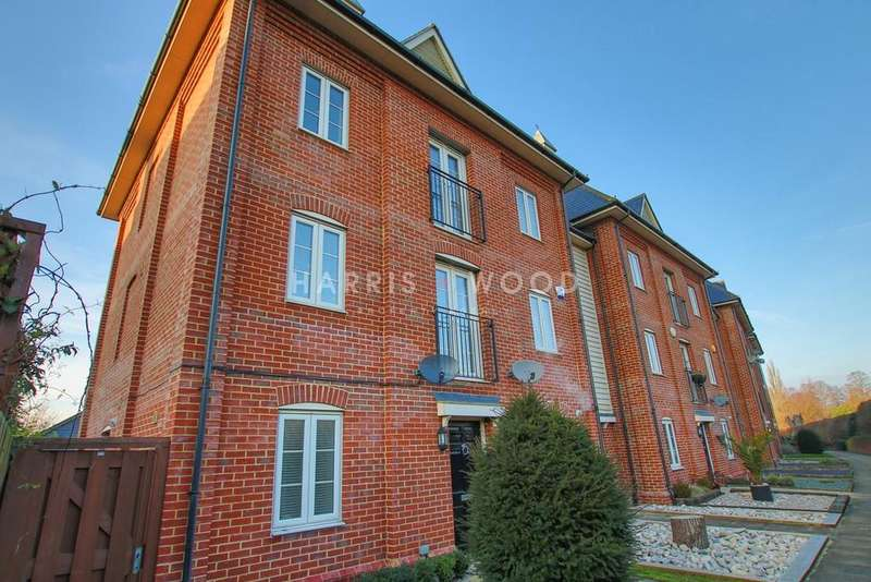 5 Bedrooms Town House for sale in Riverside Place, Colchester, CO1