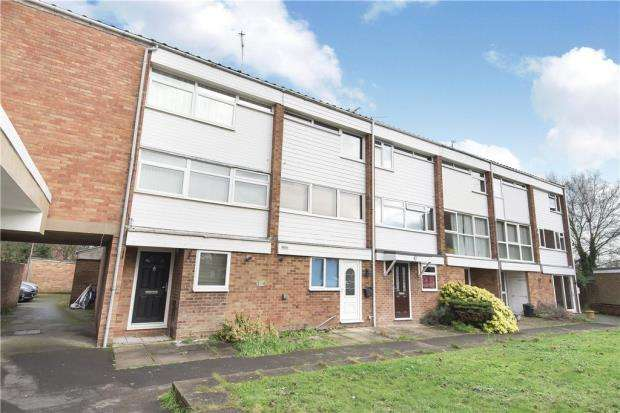 4 Bedrooms Terraced House for sale in Colleton Drive, Twyford, Reading
