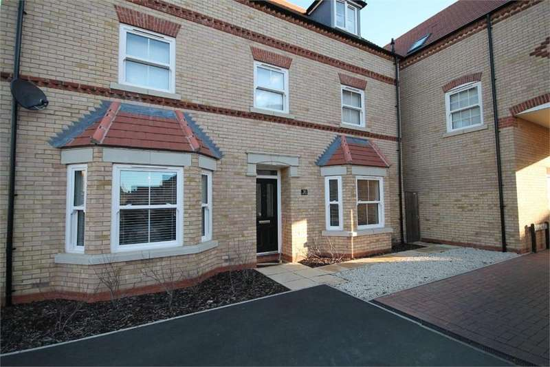 2 Bedrooms Flat for sale in Collings Crescent, Biggleswade, Bedfordshire