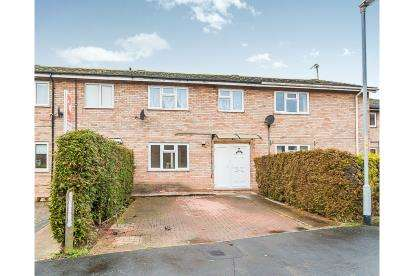 3 Bedrooms Terraced House for sale in Trinity Road, Stamford, Lincolnshire