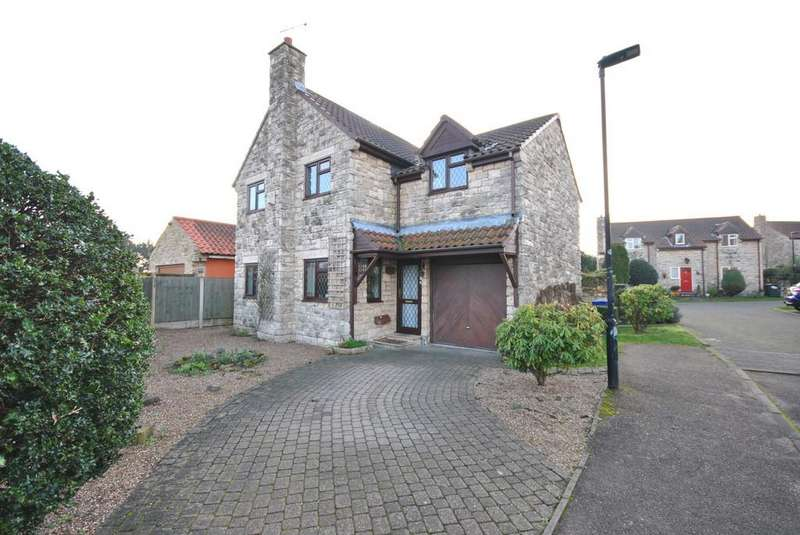 4 Bedrooms Detached House for sale in Greystone Close, Tickhill, Doncaster
