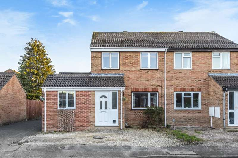 3 Bedrooms House for sale in Keighley Close, Thatcham, RG19