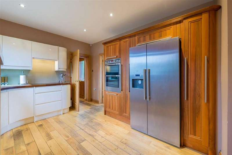 5 Bedrooms Detached House for sale in Lawhead Road West, St Andrews, Fife