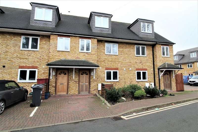 5 Bedrooms Terraced House for sale in Kavan Gardens, Hounslow
