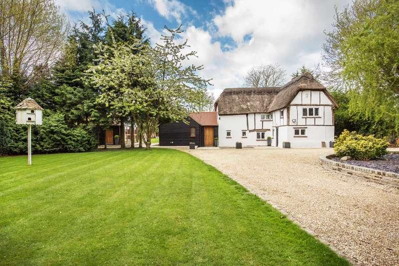 4 Bedrooms Detached House for sale in Stoke Mandeville