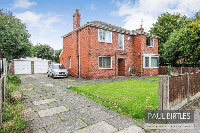 4 Bedrooms Detached House for sale in Broadway, Partington, Manchester