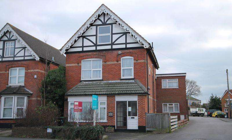 1 Bedroom Apartment Flat for sale in Purewell, Christchurch, Dorset, BH23 1EJ