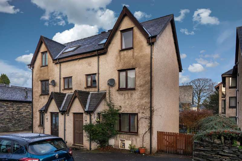 4 Bedrooms Semi Detached House for sale in 20 Alexandra Road