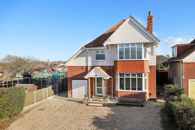 4 Bedrooms Detached House for sale in Widley, Hampshire