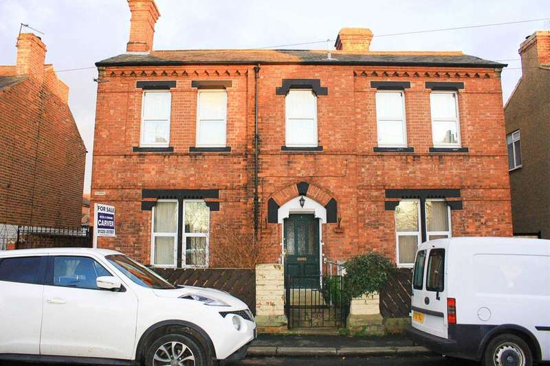 5 Bedrooms Detached House for sale in Milton Street, Darlington