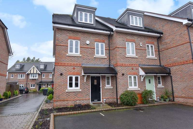 3 Bedrooms House for sale in Park Lodge Close, Maidenhead, SL6