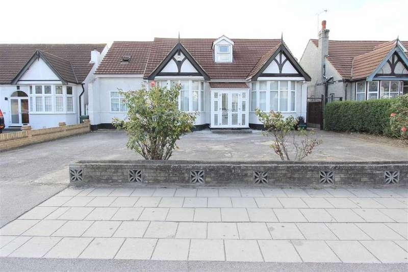 6 Bedrooms Bungalow for sale in Goodmayes Lane, Goodmayes, Essex, IG3