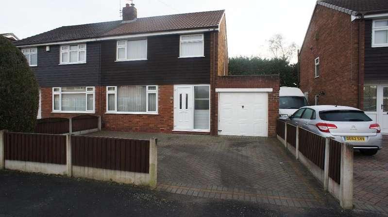 3 Bedrooms Semi Detached House for sale in Wareham Close, Woolston, Warrington