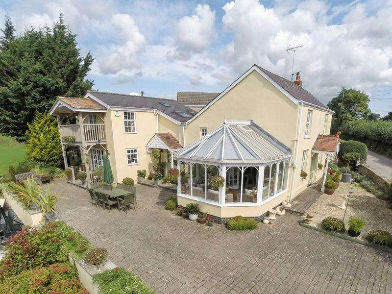 3 Bedrooms Detached House for sale in Penpergwm, Abergavenny, Monmouthshire
