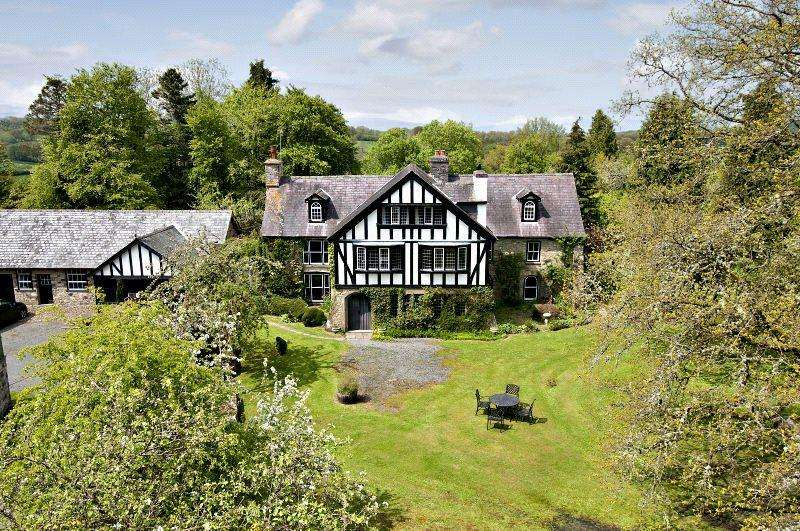 9 Bedrooms Detached House for sale in Maesgwynne Hall, Howey, Nr Builth Wells, Powys, LD1
