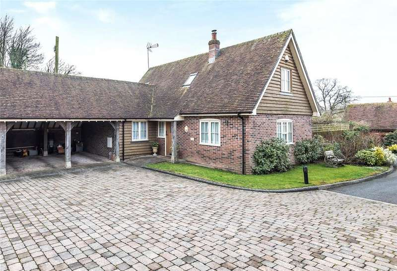 4 Bedrooms Detached House for sale in Farriers Close, Preston Candover, Basingstoke, Basingstoke, Hampshire, RG25
