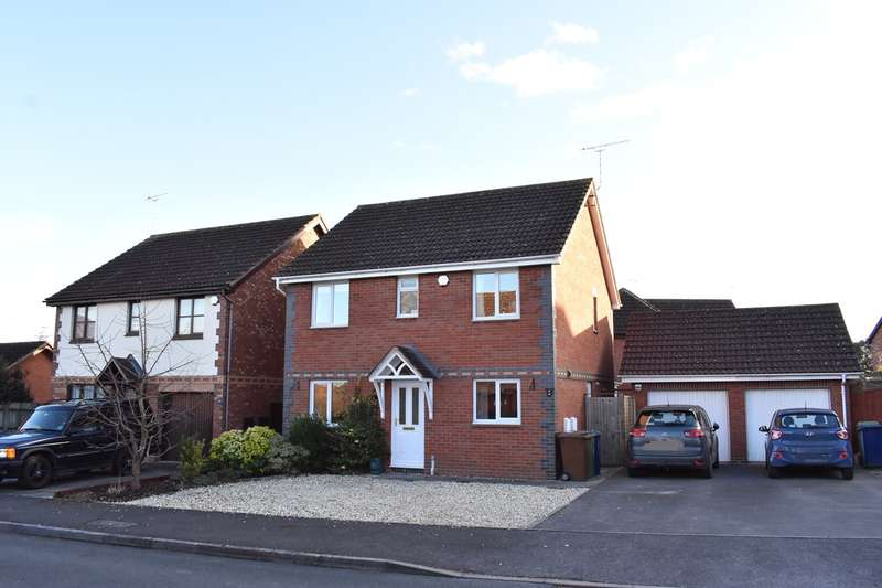 4 Bedrooms Detached House for sale in Courtney Close, Tewkesbury, GL20