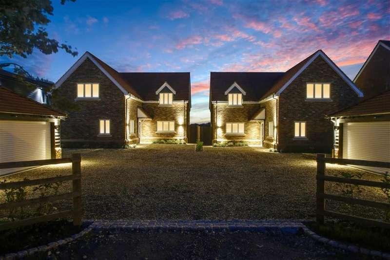 5 Bedrooms Detached House for sale in Avenue Road, Rushden, Rushden, Northamptonshire